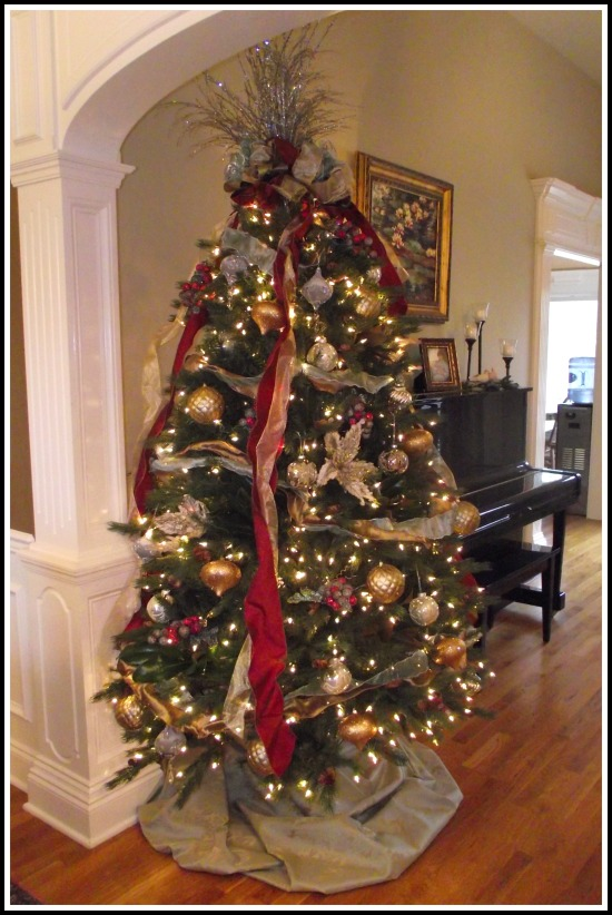 40 Awesome Christmas Tree Decoration Ideas With Ribbon
