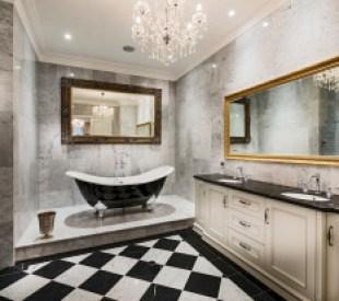 حققي الفخامة والرقي في الحمام مع أحواض الاستحمام الكلاسيكية