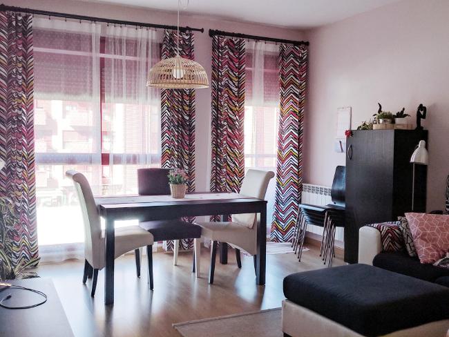 piso anterior con cortinas
