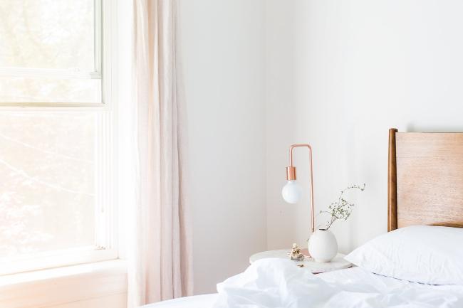 dormitorio de estilo mid-century