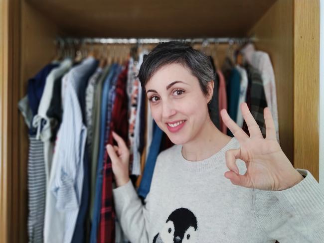 yo feliz con mis tres claves para ordenar la ropa