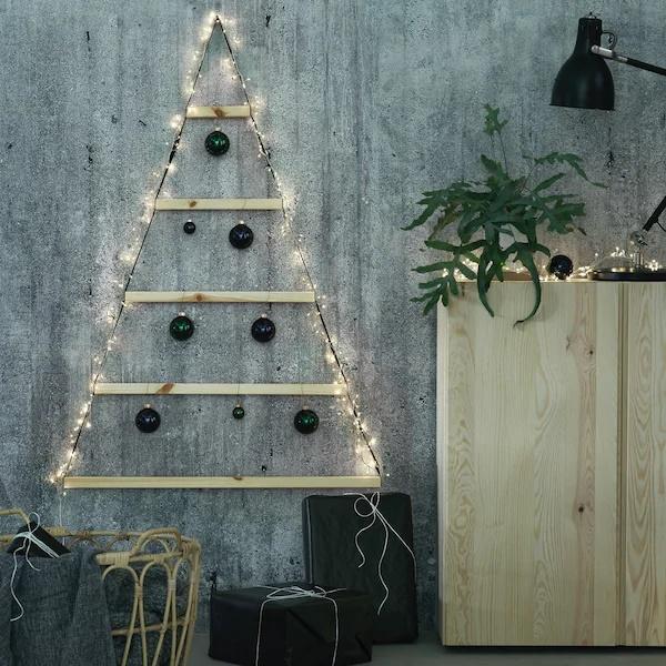 árbol abstracto en la pared de Ikea