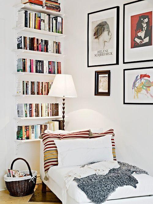 baldas con sólo libros
