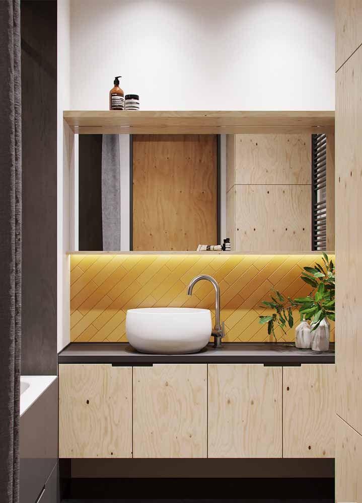 Azulejos amarelos no banheiro: um charme colorido no ambiente