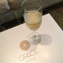 The Vanderbilt Grace champagne