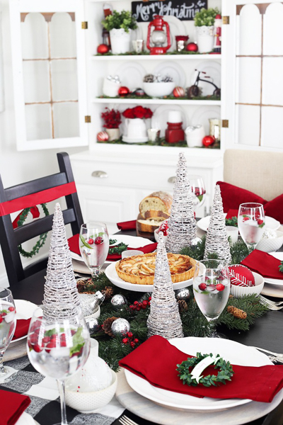 christmas-dining-room-by-just-a-girl-and-her-blog