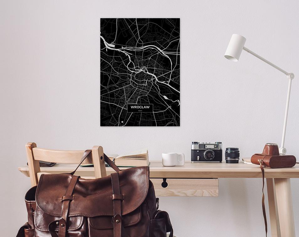 Dekoracje na ściany z mapami miast - wnętrze z plakatem z mapą miasta od Decor Mint