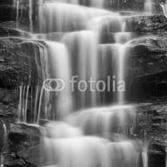 dżungla-wodospad-szare-skały-fototapeta