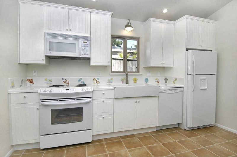small kitchen backsplash ideas