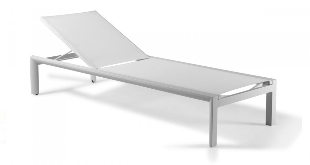 bain de soleil moderne metal textilene procida