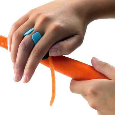 éplucheur paume de main