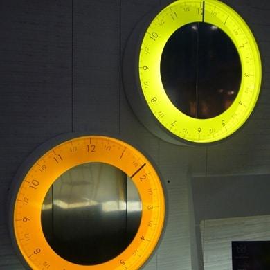 Miroirs design - Solo Ora l'horloge à une aiguille