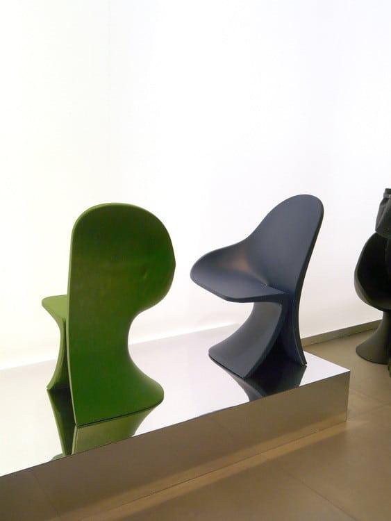 5f71f9bbcf9 La chaise Strip by Fabio Novembre