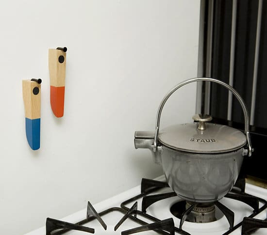 Décapsuleurs design : Le décapsuleur aimanté Bottle Opener by Brenda Ravenhill