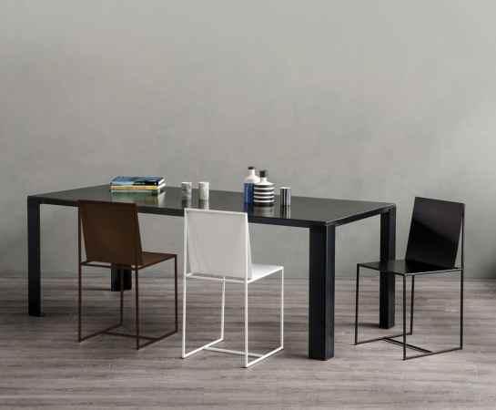 La chaise design Slim Sissi de Maurizio Peregalli