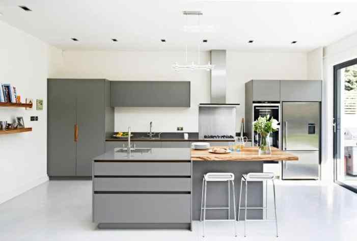 cuisines grises et blanches