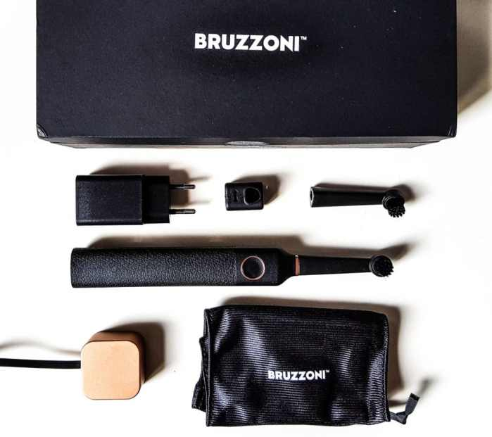 brosse à dents électrique et design Bruzzoni