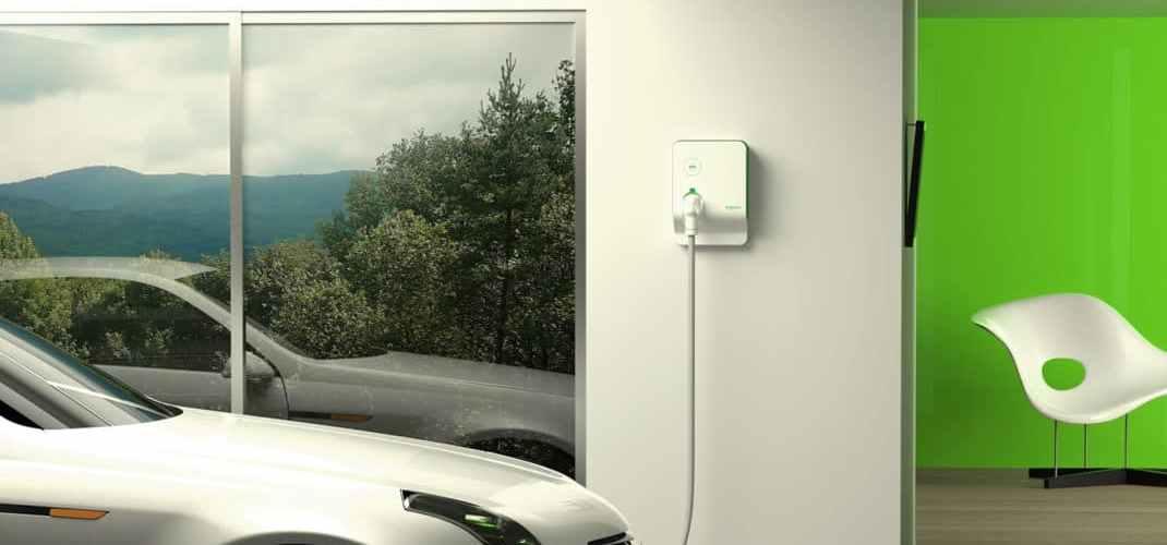 borne de recharge de véhicules électriques EVLink Schneider Electric