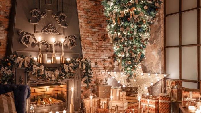 Les sapins de Noël à l'envers une déco de Noël originale