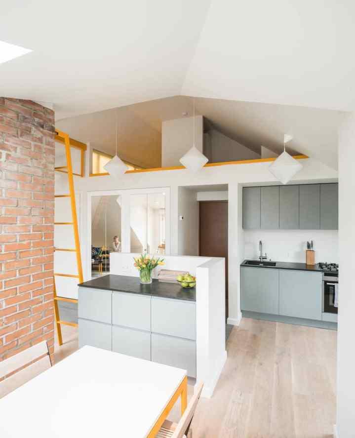 Une cuisine moderne et compacte