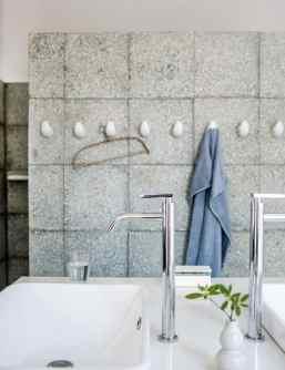 Rénover une ruine pour en faire une maison moderne et confortableRénover une ruine pour en faire une maison moderne et confortable