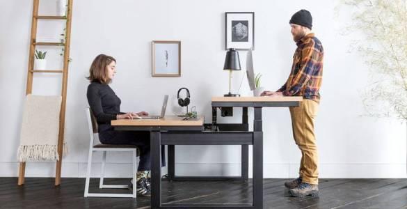 Uhuru dévoile un magnifique bureau assis-debout réglable en hauteur