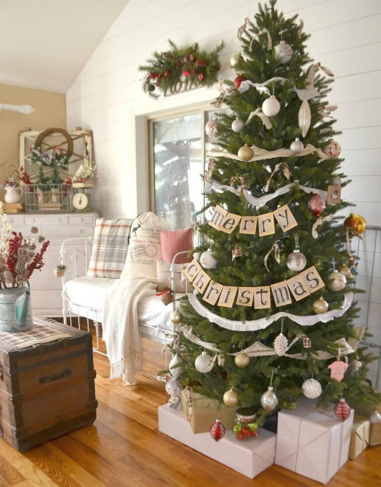 Décorations de sapins de Noël: cottage