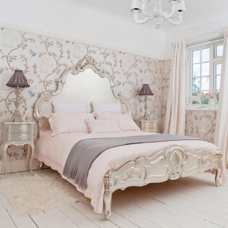 Décoration de chambre à la françaisela tête de lit