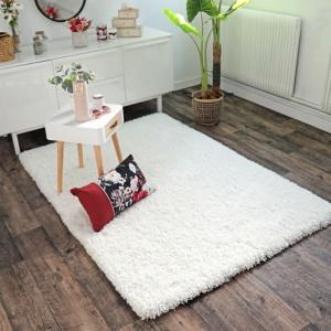 tapis flocon shaggy frise a poils longs blanc