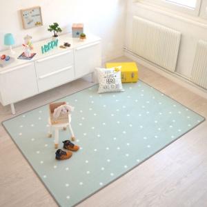 tapis chambre d enfant etoiles vert