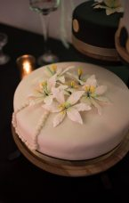 Vintage Style Cake with Flowers