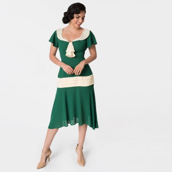 Black 1920s Drop Waist Flapper Dress with Ivory Trim ...