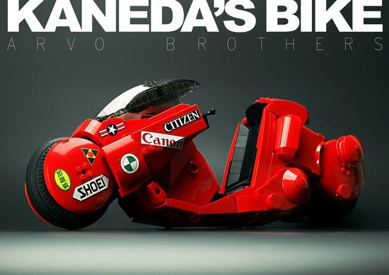 Moto de Kaneda lego