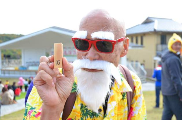 abuelo cosplayer 02
