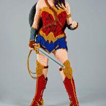 Wonder Woman de lado