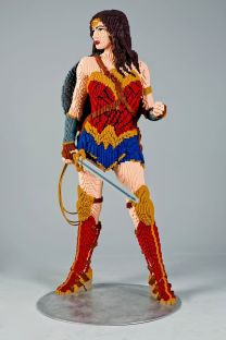 Wonder Woman de lado