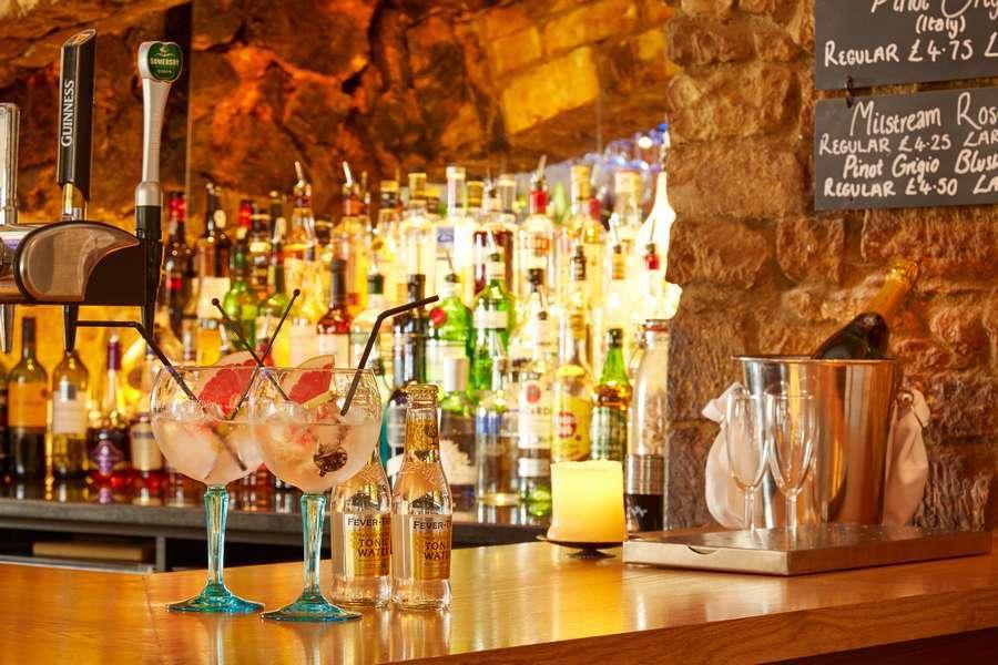 Deddington Arms Bar