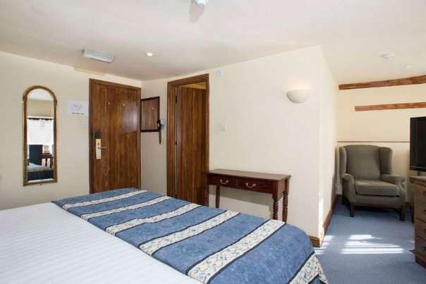 Deddington Premier Accommodation Oxfordshire