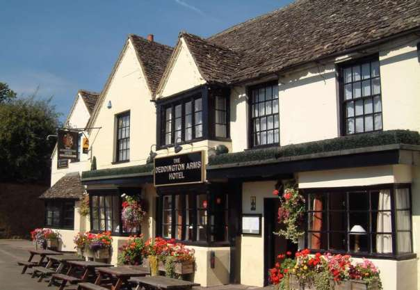 Deddington Arms Hotel Oxfordshire