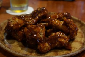 hooters-wings