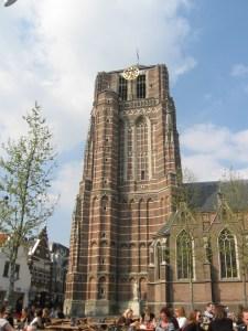 Sint Jansbasiliek Oosterhout - Oosterhout by night