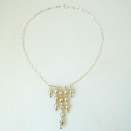 bride_pearls.jpg