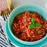 Orzo met vegetarische gehacktballen in tomatensaus