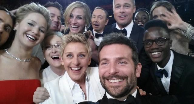 Selfie-record-avec-les-acteurs-Oscars-2014-640x344