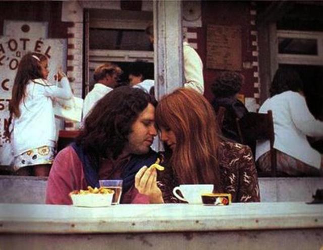Les-dernieres-photos-de-Jim-Morrison-avant-sa-mort