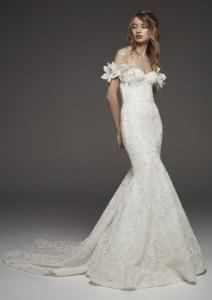 Dee Kay Events | NYC 2018 Bridal Fashion Week | Pronovias Bridal I Classic Wedding Dress