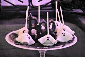 Dee Kay Events | Spooktacular Dessert Table Halloween Bar I Cake Pops