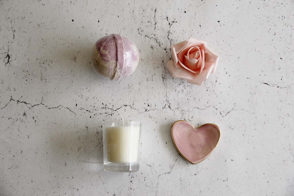curated-wedding-gift-box-001