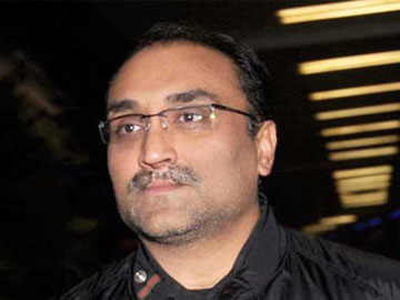 Aditya Chopra age height aane wali upcoming next new film in hindi