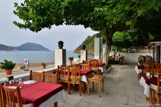 koreli-otel-restaurant-gece-3-720x480